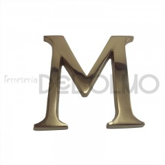 Letra M latón