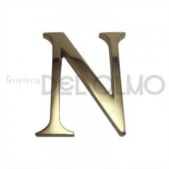 Letra N latón