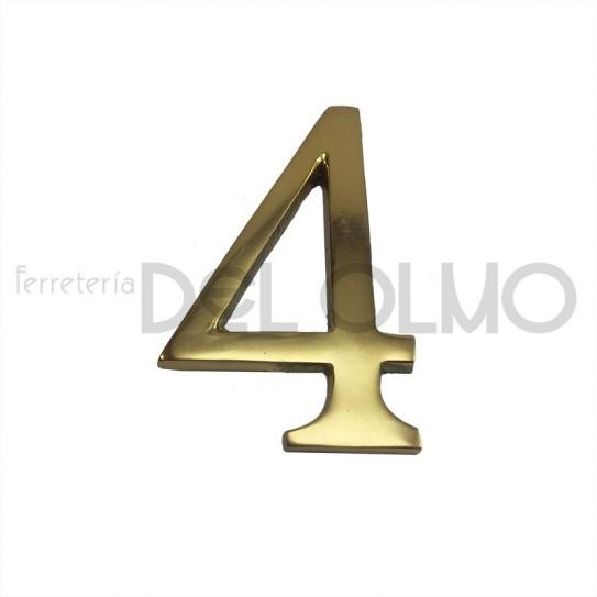 Número 4 latón