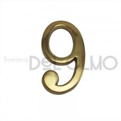 Número 9 latón
